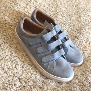 Shoes - Blue strap shoes